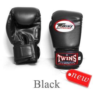 TWINS BOXING GLOVES MUAY THAI KID' S BLACK BGVL 3