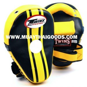 TWINS KICKING PADS FOCUS PUNCHING MITTS KPL 11