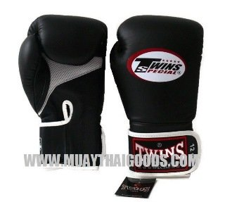 AIRFLOW - TWINS SPECIAL - TWINS BOXING GLOVES - BLACK WHITE - MUAY THAI GLOVES