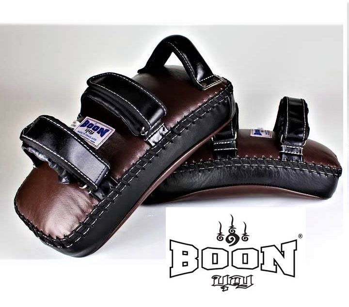 BOON MUAY THAI KICK PADS BROWN BLACK CKPM VELCRO PAIR