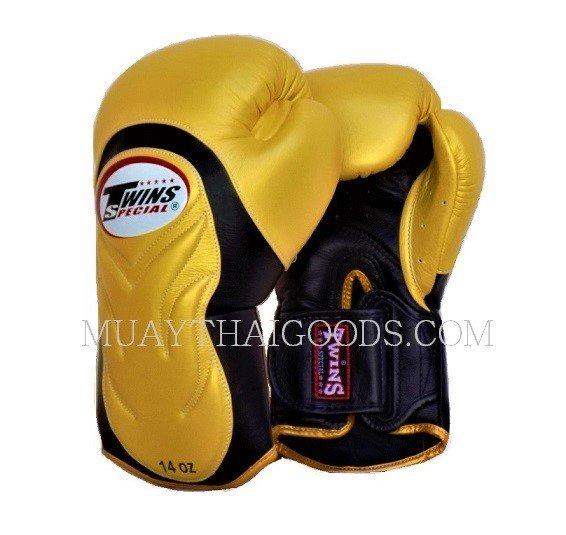 Shiv Naresh Teens Boxing Gloves 12oz: TWINS SPECIAL BGVL6 BOXING GLOVES GOLD BLACK