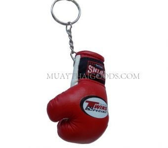 RED KEYRINGS KEYCHAINS CAR MUAY THAI KICK BOXING GLOVES TWINS SPECIAL