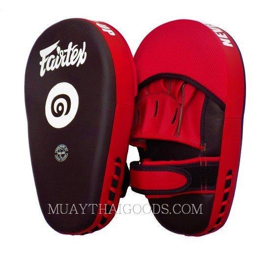 5e79ae2133c44 THAI VERSION Fairtex Muay Thai Boxing Focus Punching Mitts FMV12 BLACK RED