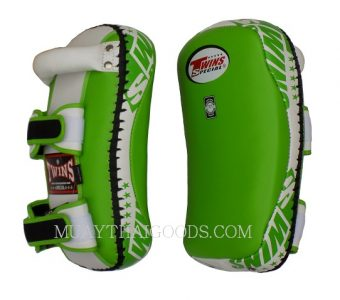 KPL10 KICK PADS TRAINING CURVED TWINS SPECIAL GREEN WHITE