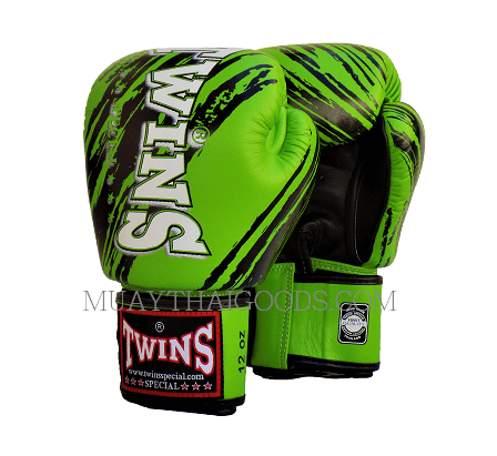 TW2 MUAY THAI BOXING GLOVES GREEN BLACK TWINS SPECIAL